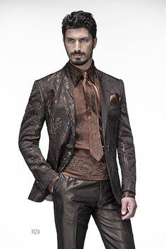 Abito da cerimonia uomo con giacca marrone rever sciallato