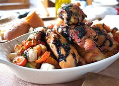 Farm to Table Balsamic Chicken Vegetables by Dean Hollida, Bon Appetit via thechalkboardmag Delicious Balsamic Chicken, Balsamic Vinegar, Roasted Chicken, Cooking Recipes, Healthy Recipes, Healthy Foods, Cooking Tips, Good Food, Yummy Food