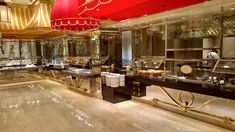 The Wynn Buffet was one of the first high-end buffets in Vegas. They serve a wide selection of quality delicious foods you can't find anywhere else, in their newly renovated dining room and kitchen.