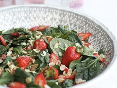 Strawberry and Almond summer salad