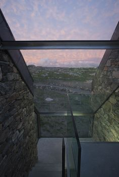 Image 18 of 28 from gallery of Connemara / Peter Legge Associates. Photograph by Sean Breithaupt & Yvette Monohan Irish Cottage, Old Cottage, Stone Cottages, Stone Houses, Room Darkening Shades, Cottage Extension, Beach Houses For Rent, Best Architects, Glass Extension
