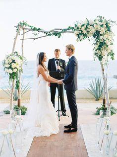 e3062c3939 Chicago wedding photographer Ashley Bosnick via Magnolia Rouge Destination  Wedding