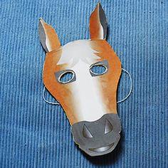 Masque de cheval facile à fabriquer grâce au modèle à imprimer, à découper et à coller sur du carton fin