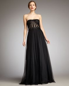 I wish I had a Great Gatsby party to attend in this dress.