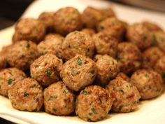 This are treats for dogs that will make them ask for more. My dogs usually stand in the kitchen when I am preparing them and they are waiting to try them, who will take the first bite. Ingredients 2 jars of organic beef and vegetable baby food, Baby Food Recipes, Great Recipes, Favorite Recipes, Organic Beef, Milanesa, First Bite, Soul Food, Food And Drink, Treats