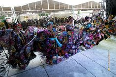 "Nezahualcóyotl, Méx. 15 Junio 2013. Ballet Folklórico ""Huixamatli"", interpretando un baile del Estado de Chiapas."