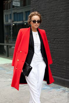 #KellyFramel and her red coat in NYC. bit fab. #TheGlamourai