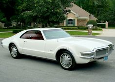 1968 Oldsmobile Toronado Maintenance/restoration of old/vintage vehicles: the material for new cogs/casters/gears/pads could be cast polyamide which I (Cast polyamide) can produce. My contact: tatjana.alic@windowslive.com