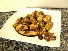Paprika En La Cocina: Pollo de corral sobre cama de laurel, aceitunas y moixernons de Montse Estruch.