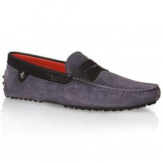 Ferrari Store: Tod's for Ferrari - Leather Cavallino Gommino loafers. Shopping online the official Ferrari Store and buy Tod's for Ferrari - Leather Cavallino Gommino loafers safely in just few easy steps.