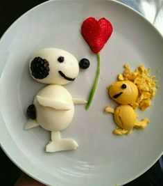 funny food - creative food prepared for young and old - Larti Sanat 3112 Cute Food, Good Food, Yummy Food, Baby Food Recipes, Snack Recipes, Food Art For Kids, Creative Food Art, Food Carving, Food Garnishes