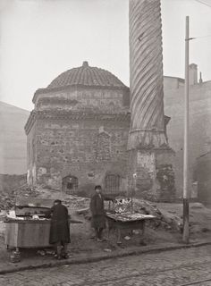 Places Around The World, Around The Worlds, Greece History, Old Greek, Thessaloniki, Ottoman Empire, Athens Greece, Historical Pictures, Old City