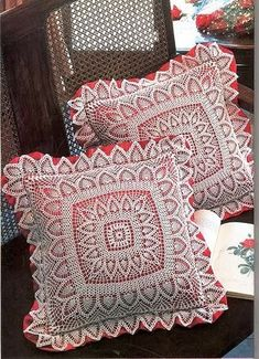 Beautiful pineapple pillow decor with diagram