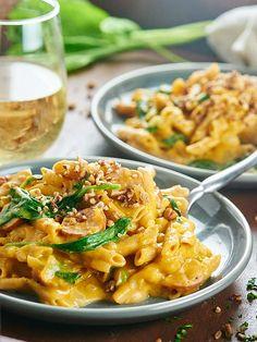 One Pot Pumpkin Pasta http://livedan330.com/2015/11/17/one-pot-pumpkin-pasta/