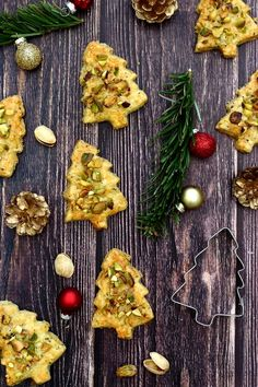 Christmas Brunch, Christmas Cooking, Brunch Appetizers, Appetizer Ideas, Peach Syrup, Easy Peel, Clean Eating Snacks, Tapas, Homemade