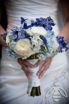 Blue and white Bridal bouquet featuring shades of blue hydrangea, delphinium, veronica, garden roses, and dusty miller. Great way to get blue into the bouquet without dying flowers! Just add in some sunflowers and I am one happy girl Bouquet Bleu, Blue Flowers Bouquet, Bridal Bouquet Blue, Bride Bouquets, White Flowers, Delphinium Wedding Bouquet, Wedding Bouquet Blue, White Roses, Dream Wedding
