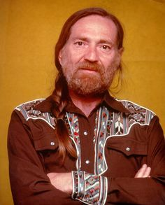 Willie Nelson -- Through the Years Country Music Artists, Country Singers, Southern Hair, Bohemian Style Men, Little White Chapel, Outlaw Country, Urban Cowboy, Awesome Beards, Willie Nelson