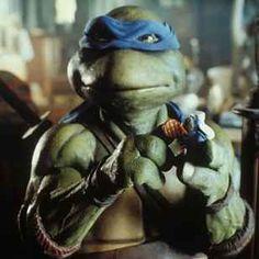 """5 Ways the New """"Teenage Mutant Ninja Turtles"""" Movie Makes the 1990 Movie Look Like a Masterpiece"""