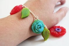 Make your own Mod Melts Charm Bracelet using silicone molds and easy to use Mod Melts.