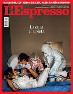 La copertina dell'Espresso di domenica 5 aprile La Pieta, Newspaper Cover, Photojournalism, Joker, History, Tapas, Movie Posters, Photography, Fictional Characters