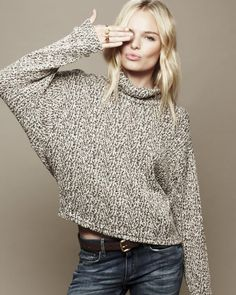 Kate Bosworth, sweater and jeans Kate Bosworth Style, Tousled Hair, Blonde Beauty, Blonde Hair, Celebs, Celebrities, Swagg, Girl Crushes, Autumn Winter Fashion