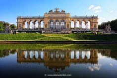 Gloriette, Schoenbrunn Palace, Vienna Austria
