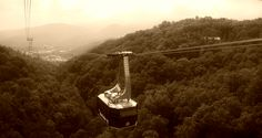 Aerial tram in Gatlinburg...One thing I want to do on our trip!