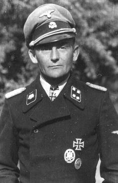 "✠ Georg Bochmann (18 September 1913 – 8 June 1973) RK 03.05.1942 SS-Hauptsturmführer Kdr SS-Totenkopf-Pz.Jäg.Abt [Fhr Kgr ""Bochmann""] + [246. EL] 17.05.1943 SS-Sturmbannführer Kdr II./SS-KradSchtz.Rgt ""Thule"" + [140. Sw] 30.03.1945 SS-Standartenführer Führer 18. SS-Frw-Pz.Gren.Div ""Horst Wessel"""