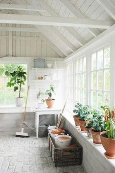 beautiful greenhouse sunroom. Someday.