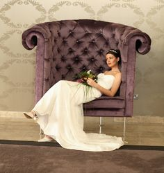 relaxed bride at hotel kilkenny
