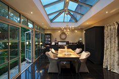 Licht und Audio perfekt im Flachdach der KELLER Orangerie integriert