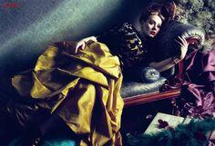 Adele looking fabulous in Vogue spread