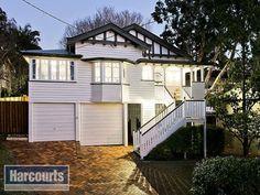 House facade - Ashgrovian Queenslander in Ashgrove Brisbane. Weatherboard Exterior, Facade House, House Facades, House Exteriors, Queenslander, House Front, Exterior Colors, New Homes, Floor Plans