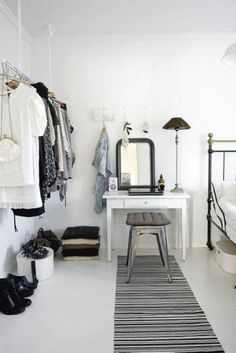 I like the simple thing. Idk if it'll work with the dark wood furniture I have though. Get a 780 credit score in 4 weeks Learn how here decorating interior design 2012 home design interior design house design Style At Home, Ideas De Closets, Closet Ideas, Wardrobe Ideas, Wardrobe Design, Home Bedroom, Bedroom Decor, Closet Bedroom, Design Bedroom