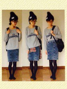 スウェット→niko and… デニムスカート→INGNI チェックシャツ→ハートマーケット ニット帽→GU リュック→UNIQLO