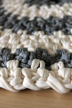 Crochet floor carpet