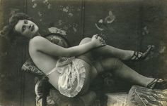 Saloon Girl or Soiled Dove  Google Image Result for http://1.bp.blogspot.com/-dwXjpX9sorI/TVv2dQzxNtI/AAAAAAAAIWY/DSX3EliNshg/s1600/vintagenude1.jpg
