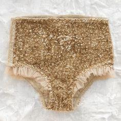 Gold shorts - Tutu du Monde
