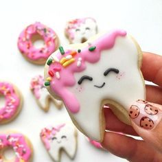 We've got a major sweet tooth for these cookies /madebymush/ [CookieCutterKingdom Dentist Tooth and Donut Cutters] #cookiecutterkingdom