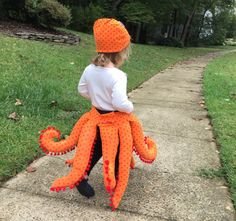 Your toddler or preschooler will be the cutest octopus in the sea! This is an easy sewing pattern for making octopus legs and matching hat. You provide the coordinating shirt and pants! This costume is sized for toddlers at least 30 tall. The legs will fall between their knees and