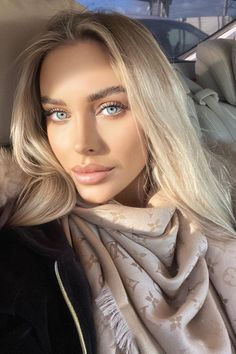 Lovely Eyes, Stunning Eyes, Pretty Eyes, Beauty Full Girl, Beauty Women, Best Highlighter Makeup, Beauty Shoot, Blonde Beauty, Face Shapes