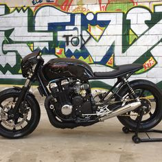 Honda CB 750 by Imperial Cafe Racer #imperialcaferacer #hondacb750 #hondasevenfifty #hondacaferacer #caferacer #caferacerxxx #caferacergram #caferacerworld #caferacers