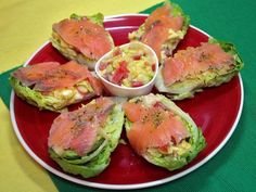 Avocado Dishes, Gourmet Recipes, Healthy Recipes, Salmon Burgers, Seafood, Food And Drink, Veggies, Favorite Recipes, Yummy Food
