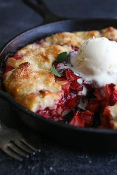 This easy fresh strawberry pie baked in a skillet is a simple summer dessert you'll come back to all season long. I hope y'all aren't sick of strawberry recipes! I've been churning them out lately, with 5 recipes just in the last few weeks (don't miss my strawberry pineapple punch, lemon berry shortcakes, strawberry rhubarb crumb bars, …