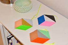 Geometriske papirophæng - med glimmer - LeizyB