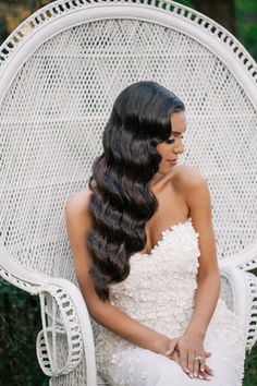 Gorgeous wedding waves by Lizzie Liros Hair Stylist // Photographed by Dear Lola Wedding Photography