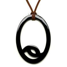 QueCraft Horn Pendant - Q12338