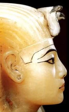 ancient Egyptian pharaohs or goddesses | Egypt Picture - Beautiful Women of Ancient Egypt