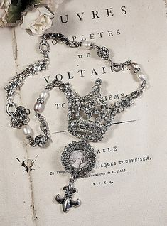 Queen of France Vintage Crown Necklace