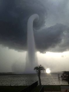 A waterspout vortex that formed in Tampa Bay, Florida